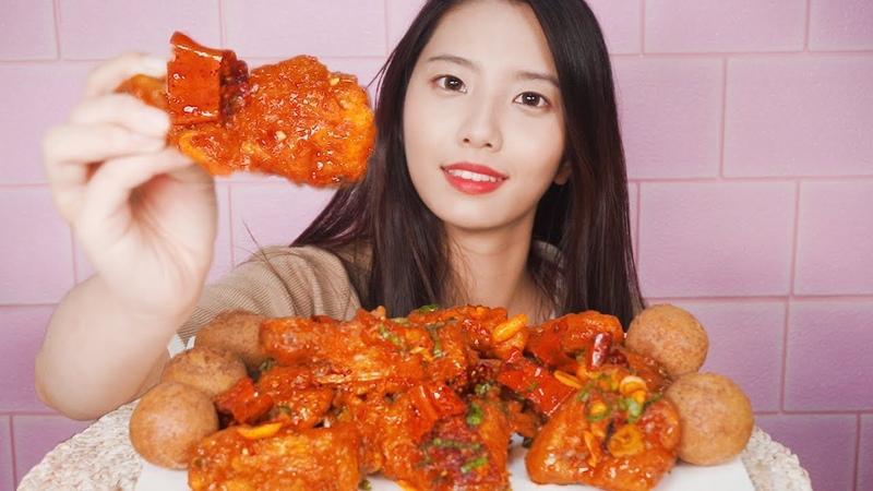 BHC 신메뉴 치하오 치킨 리얼사운드 먹방 ASMR[Chicken eating]チキン,꿀꿀선아,suna asmr,