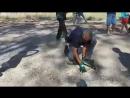 Еврейские военные собирают обломки сбитого дрона