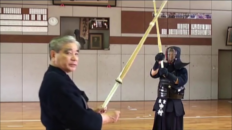 劍道上段教學 劍道八段範士 千葉 仁 Masashi Chiba hanshi - Newer jodan no kamae instruction