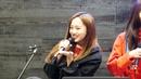 [17.12.22] 크리샤 츄 (Kriesha Chu) - 달콤커피 오픈마이크 일일 MC 민주 크리샤 츄 소개 직캠 4K Fancam