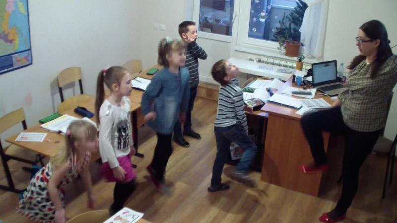 На уроке ментальной арифметики! Умная разминка Группа детей 5-6 лет! Преподаватель Ефрюкова О.В.