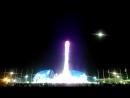 Поющий фонтан в вечернем Олимпийском парке из современной музыки