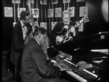 Это - великий Нэт Кинг Коул с пианистом Оскаром Питерсоном