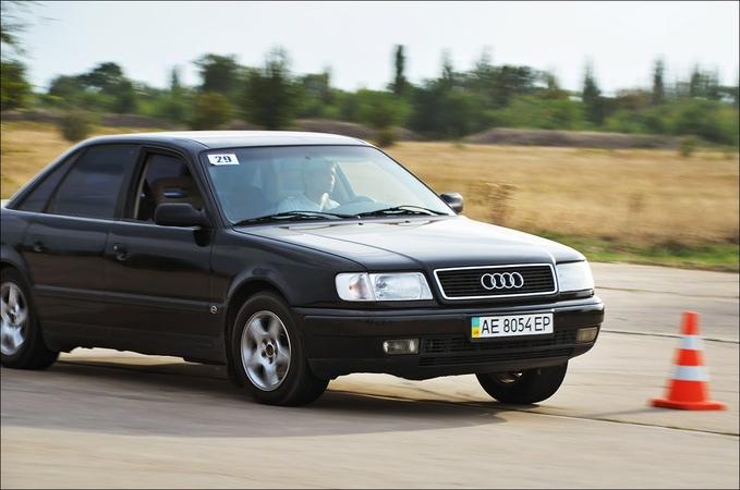 Audi 100 C4 V6 2.6 AT (слалом, Кривой Рог)