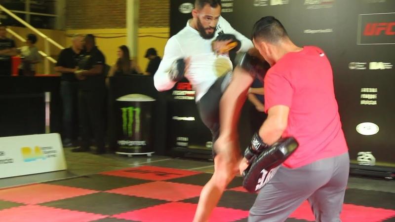 UFCArgentina: Открытая тренировка Сантьяго Понзиниббио