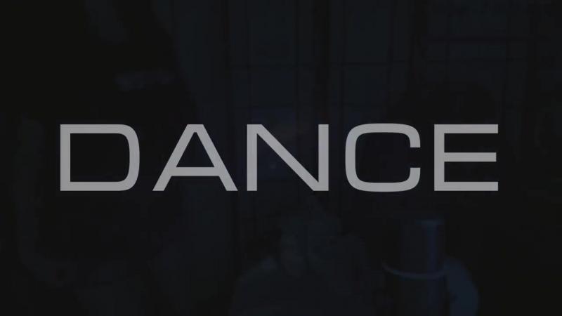 Alisa kiss Dance 🍷