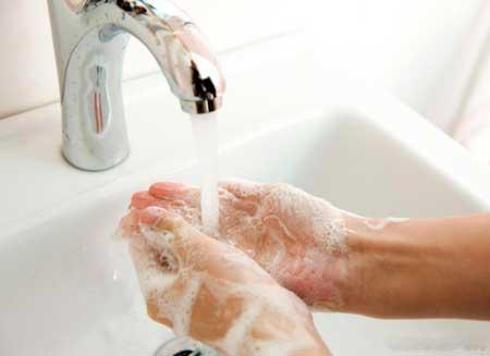 Частое мытье рук может помочь предотвратить ротавирусную инфекцию