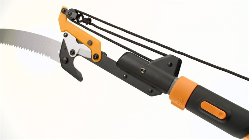 How to use the Fiskars® Power-Lever® Extendable Pole Saw Pruner (7'–14')