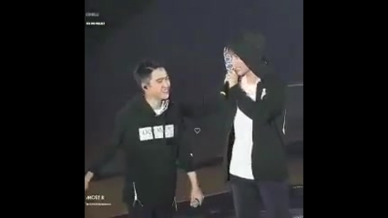 WHY IS THIS SO CUTE DONT TOUCH ME kaisoo