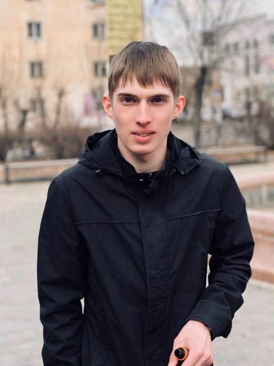 Сергей Старков