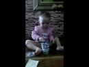 ира лопает сметанку