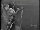 Ella Fitzgerald &amp Paul Gonsalves (ts) &amp Duke Ellington Orchestra -