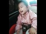 Mis maneras de hacer reír a mi princesa cuando vamos en el auto hahahaha