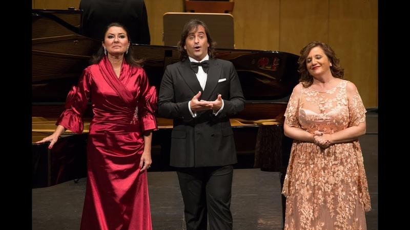 En directo Nacho del Rio Montserrat Martí Beatriz Gimeno y Coro Amici Musicae