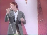 Cher &amp David Bowie - Young Americans Medley (Live on The Cher Show, 1975)