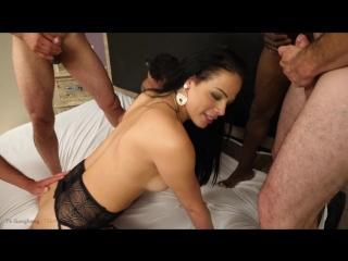 Bruna castro - bareback gangbang [shemale, anal, hardcore, gang bang, double anal penetration, bareback, 720p]
