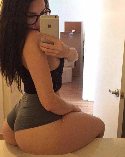 Busty mature milf panty tease striptease