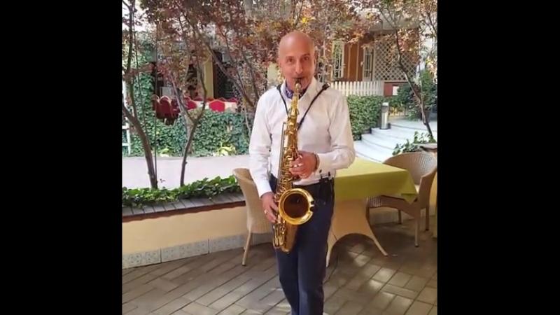 на фуршете саксофонист Краснодар