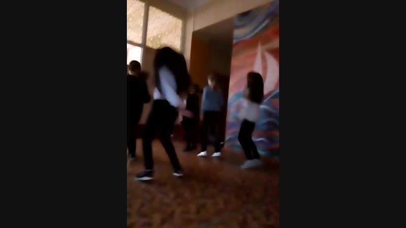 Когда девочки не умеют танцевать