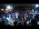 Ульянка танцует из последних сил Очень душно