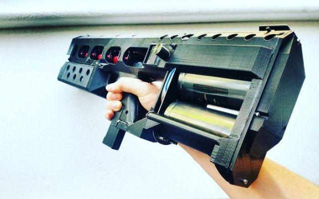 Arcflash Labs начала продажи компактного рельсотрона EMG-01A
