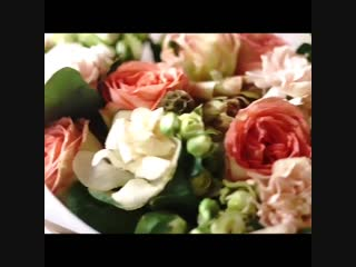 Воскресное утро, надо начинать с красоты 😉К примеру, можно посмотреть видео от @ buketnaya27 . И порция красоты обеспечена 😉#