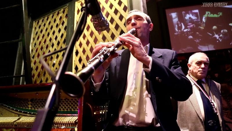КВИНТЕТ ОЛЕГА КУВАЙЦЕВА - вечерний джаз в Петербурге