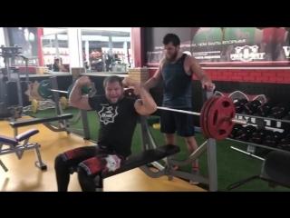 Александр Емельяненко. Жим 170 кг