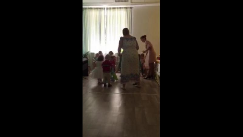 Танец вокруг березки 1 часть, малыши. 21.05.18