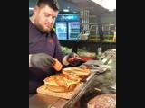 Вот это бургер 😍
