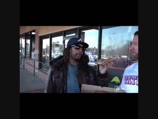 Lil Jon в рекламе пиццы Mellow Mushroom