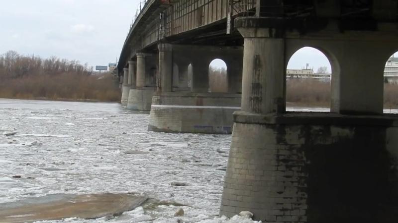 Ленинградский мост. Ледоход