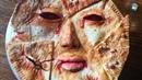 Пугающий пирог в виде маски приготовил американский кулинар