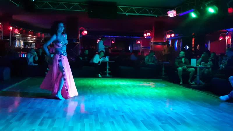 Отель Aladdin Beach Resort Анимационное Шоу Танец Живота