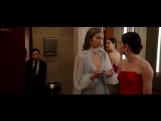 Gigi Hadid and Lily Aldridge starring in Oceans 8.