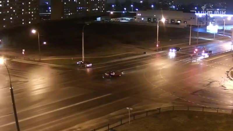 Видео. Сегодняшнее ДТП на перекрёстке улиц Краснознаменная - Колесника в Бресте