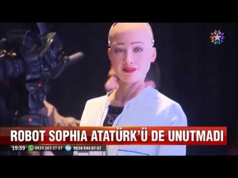 İnsansı Robot Sophia İstanbulda Gazetecilerle konuştu Atatürk mesajı verdi
