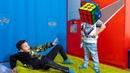 Давид Хочет ПЕРЕХИТРИТЬ Папу! Умный Кубик Рубика САМЫЙ Крутой! Smart Toy Rubik's Cube