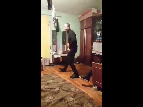 Виктор танцор, Ак47. Ржач