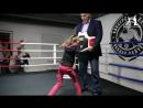 World Champion Nikolai Valuev checks Evnikas blows