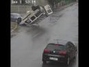 Автомобиль Doblo столкнулся с Мерседесом после чего перевернулся и врезался в Мазду