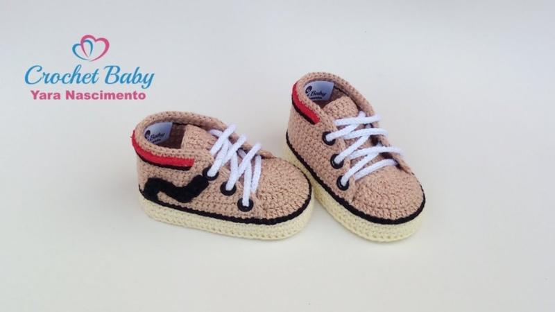 Tênis LEONARDO de Crochê - Tamanho 09 cm - Crochet Baby Yara Nascimento