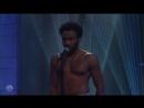 Childish Gambino - This Is America 5 мая телешоу «Saturday Night Live», Нью-Йорк, США