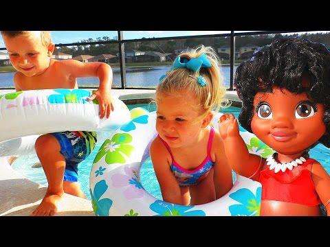 МОАНА Играем с Моаной и Мауи в Бассейне Новые игрушки из мультика Дисней Moana 2016 Видео для Детей