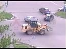 Трактор протаранил иномарку