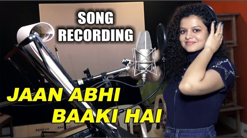 Singer Palak Muchhal at Song Recording for Movie Jaan Abhi Baki Hai