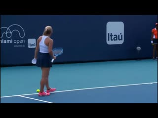 I missed this from putintseva at the end of the first set - wta
