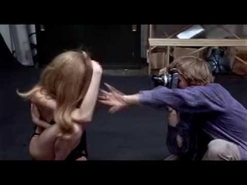 Blow-up (1966) Antonioni - Model scene