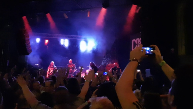 Soulfly feat. Attila Csihar - Troops of Doom (live)