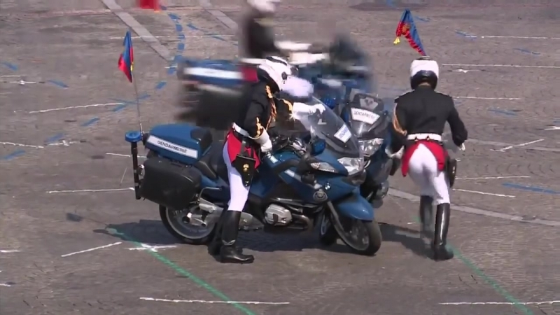 Мотоциклисты столкнулись на параде